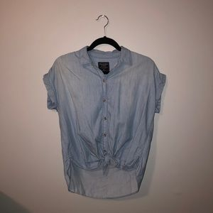 Abercrombie Short Sleeve Tie Front Blouse
